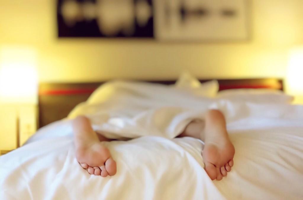 сколько мы спим