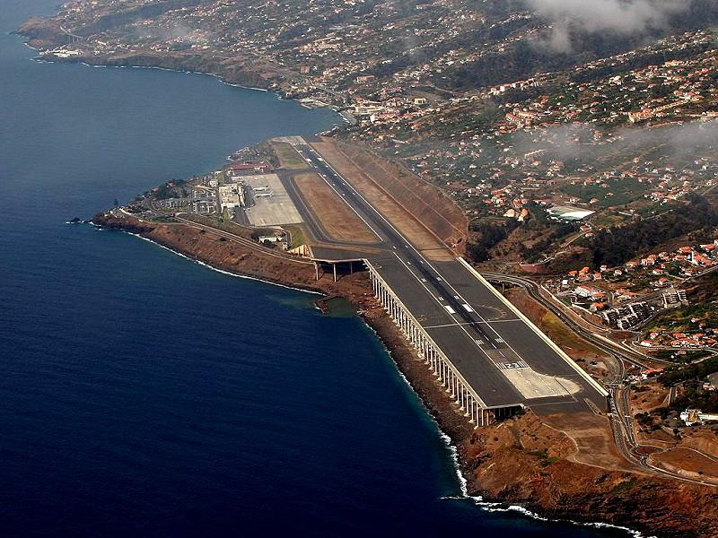 MadeiraAirport