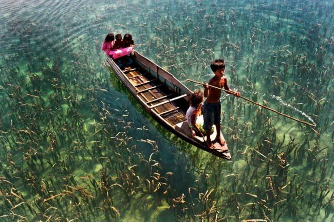 озеро Sabah, Malaysia.