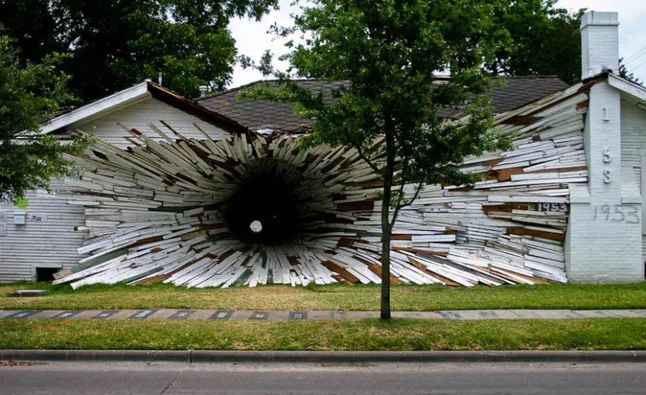 дом с дырой в техасе