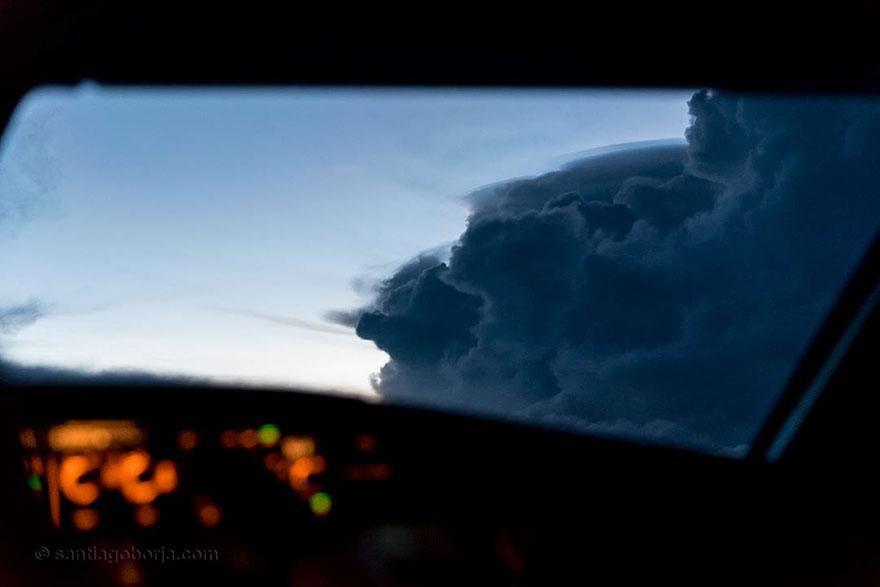 облако надвигается