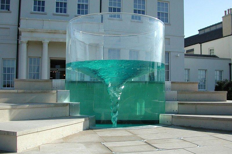 фонтан-водоворот