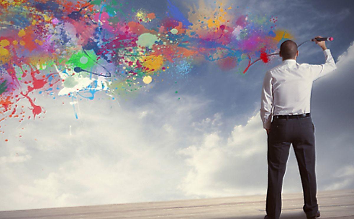 Человек рисует цветочки психология