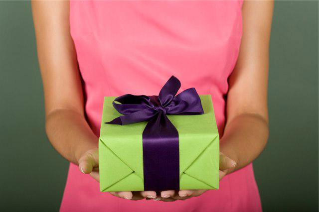 Как выбрать подарок на день рождения 36
