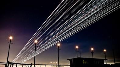 следы от самолета ночью